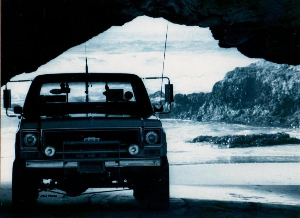 Click image for larger version  Name:John's Truck at Pismo 1976.jpg Views:63 Size:78.5 KB ID:30229