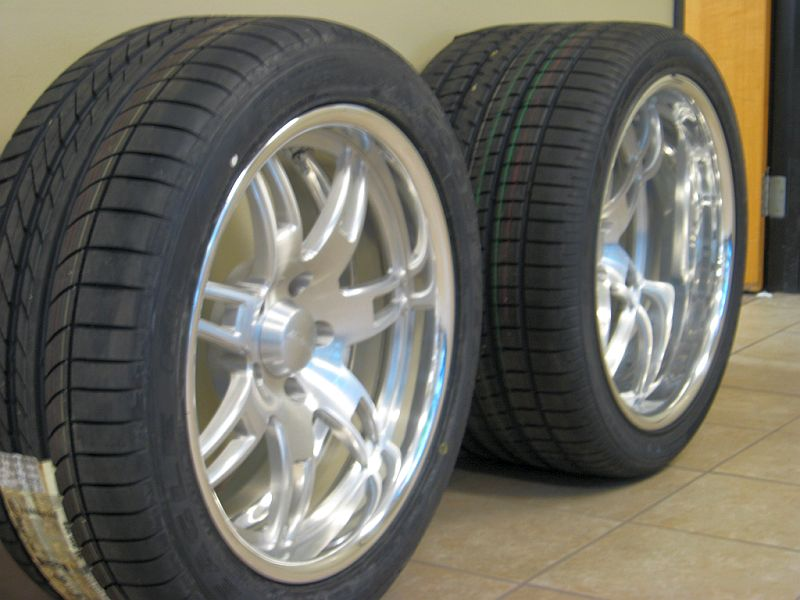 Click image for larger version  Name:New Wheels 004.jpg Views:583 Size:74.8 KB ID:17138