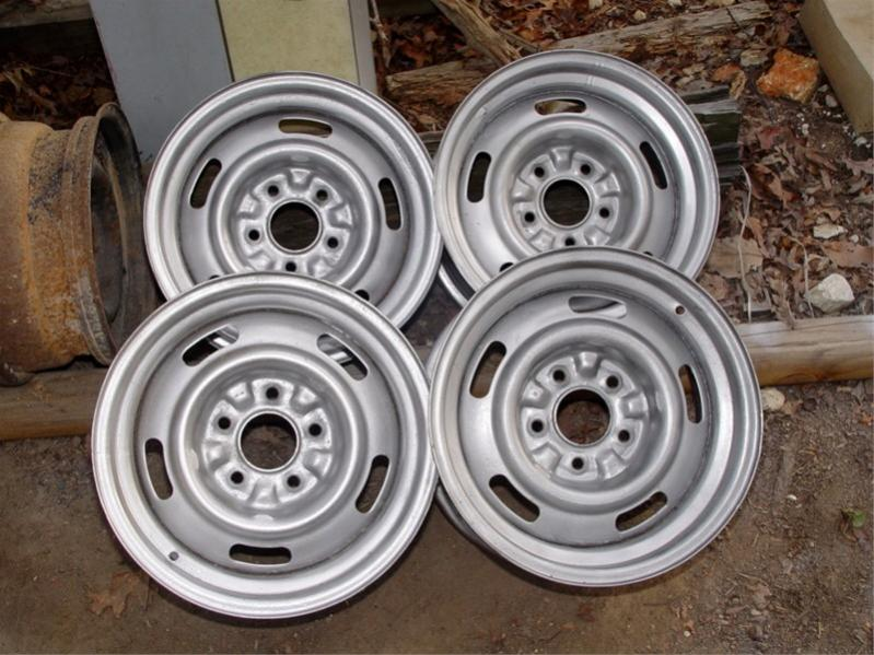 Click image for larger version  Name:Rally Wheel set.jpg Views:61 Size:84.8 KB ID:28372