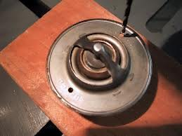Click image for larger version  Name:Thermostat hole.jpg Views:93 Size:7.3 KB ID:30268
