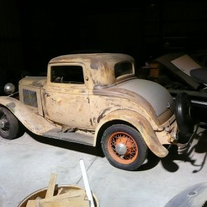 32 Ford 3-window